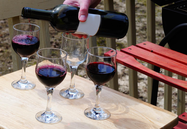 BBQシーンでワインを楽しむコツとは?おすすめグッズ&ワインをご紹介