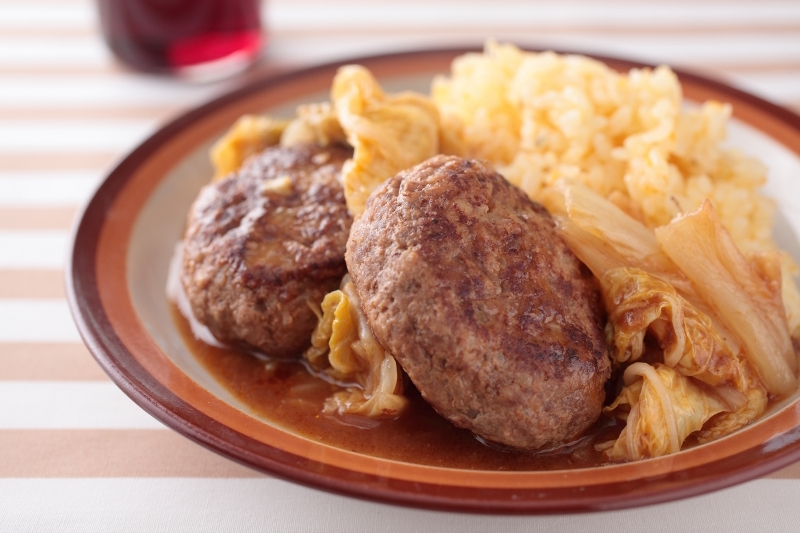 ワーママなつのおすすめレシピ第七弾!かんたんほっこり。白菜の甘みたっぷり!白菜×ひき肉のあったか煮込料理!