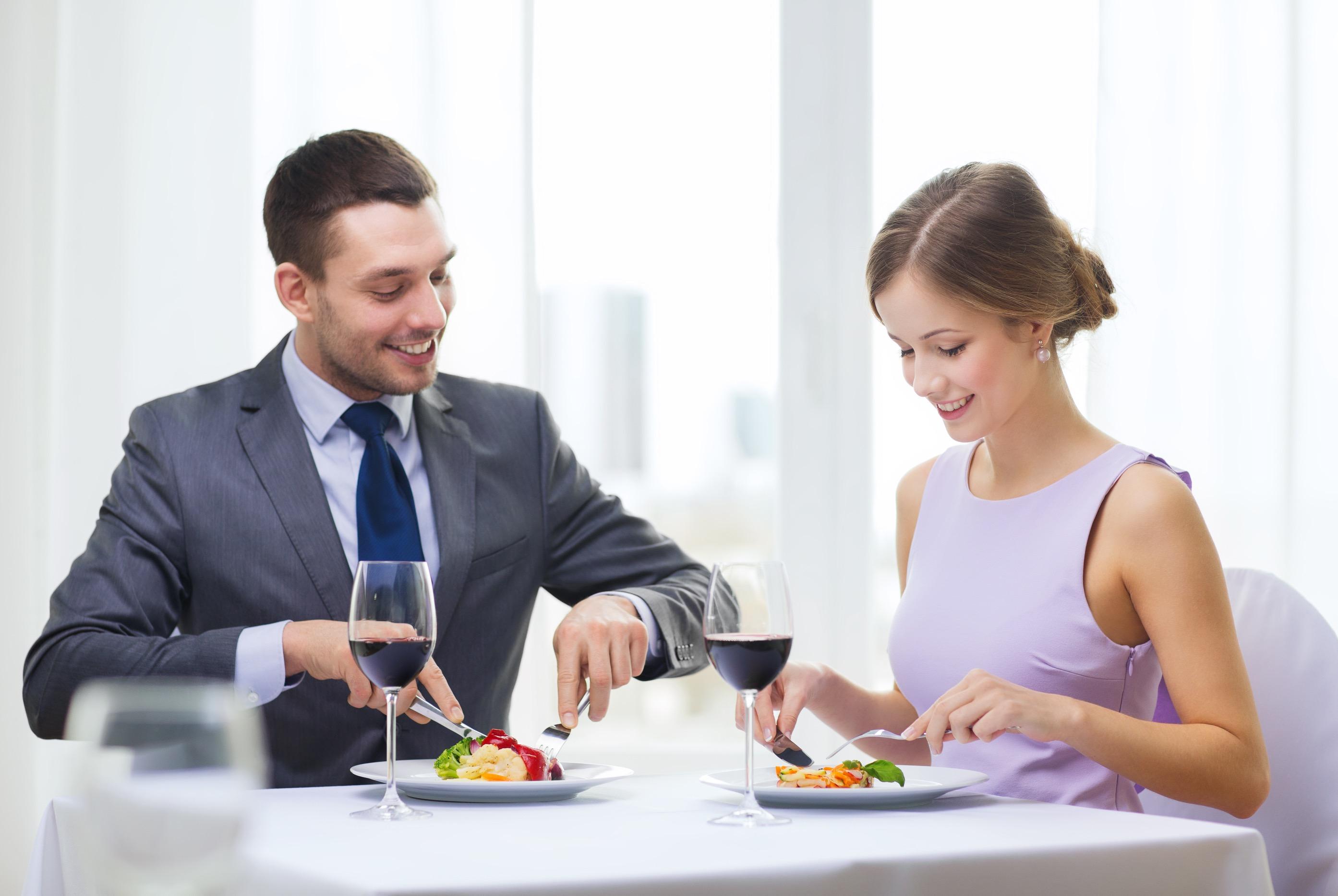 デートでワインを飲む時に覚えておきたいマナー集