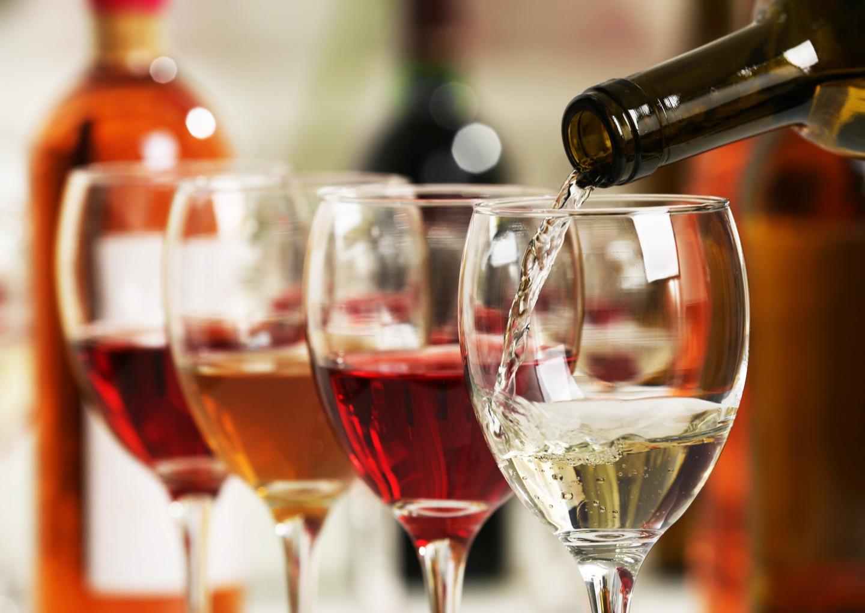 カジュアルレストランでのワインの頼み方