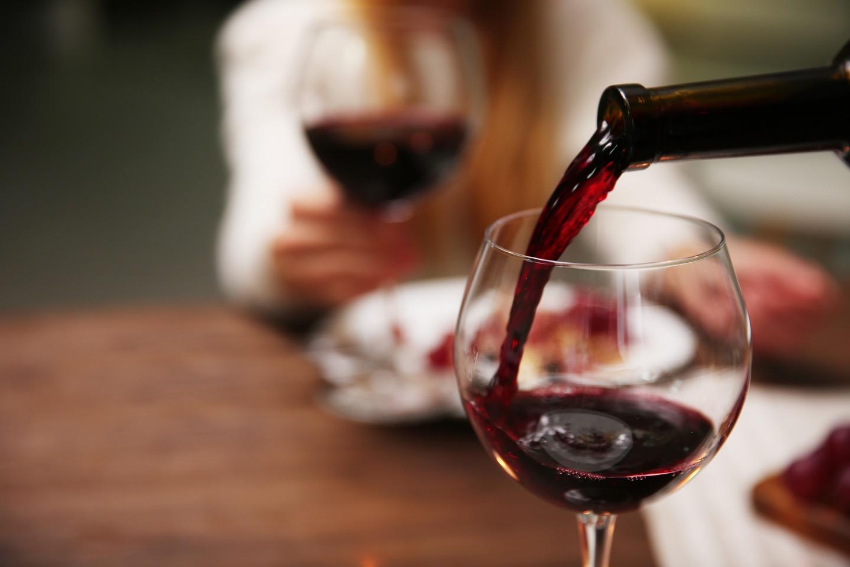 飲みやすいラングドックワインの魅力とは?おすすめ料理もご紹介