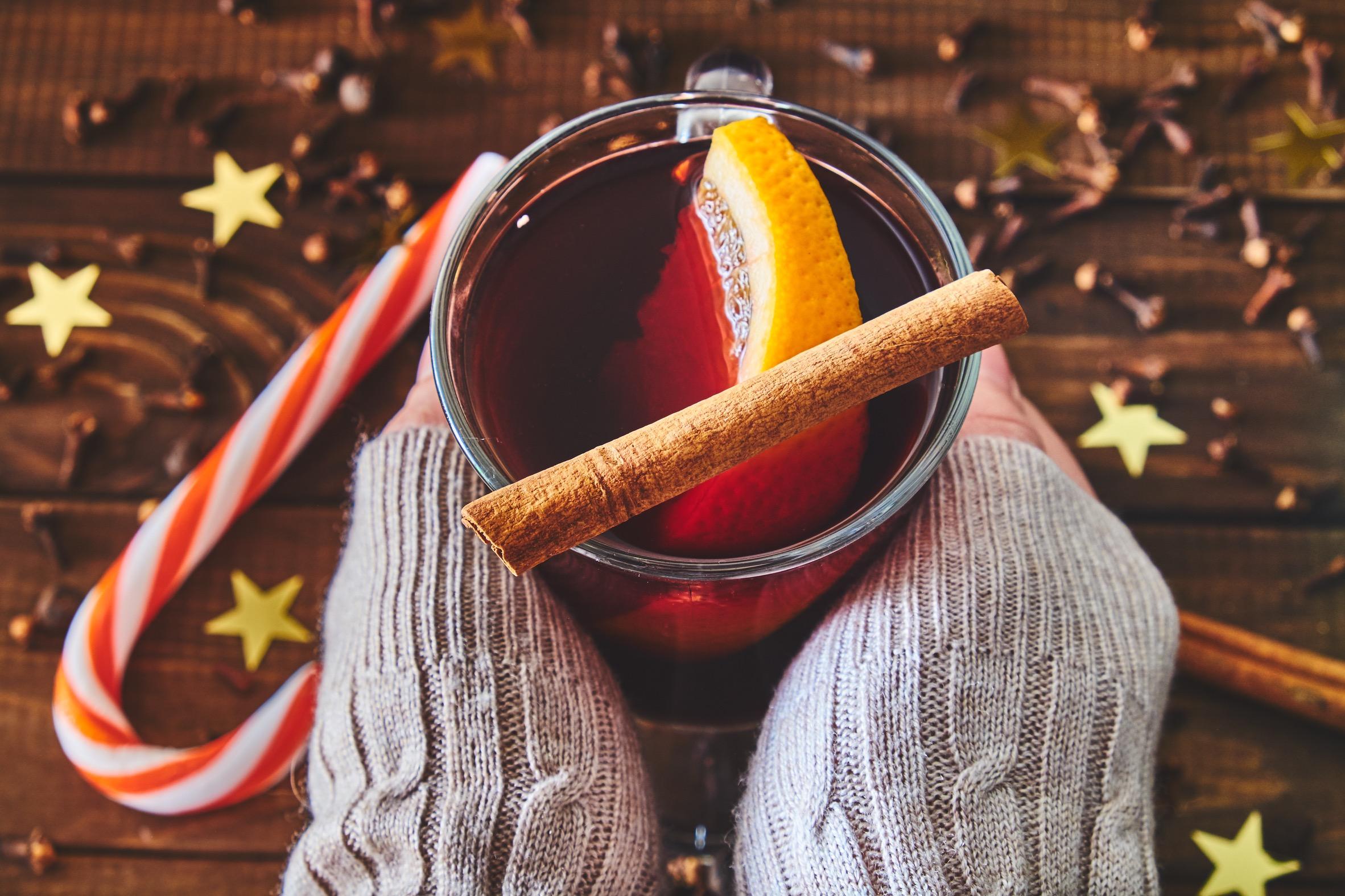 寒い日はホットワインで決まり!おいしく飲むポイントは?