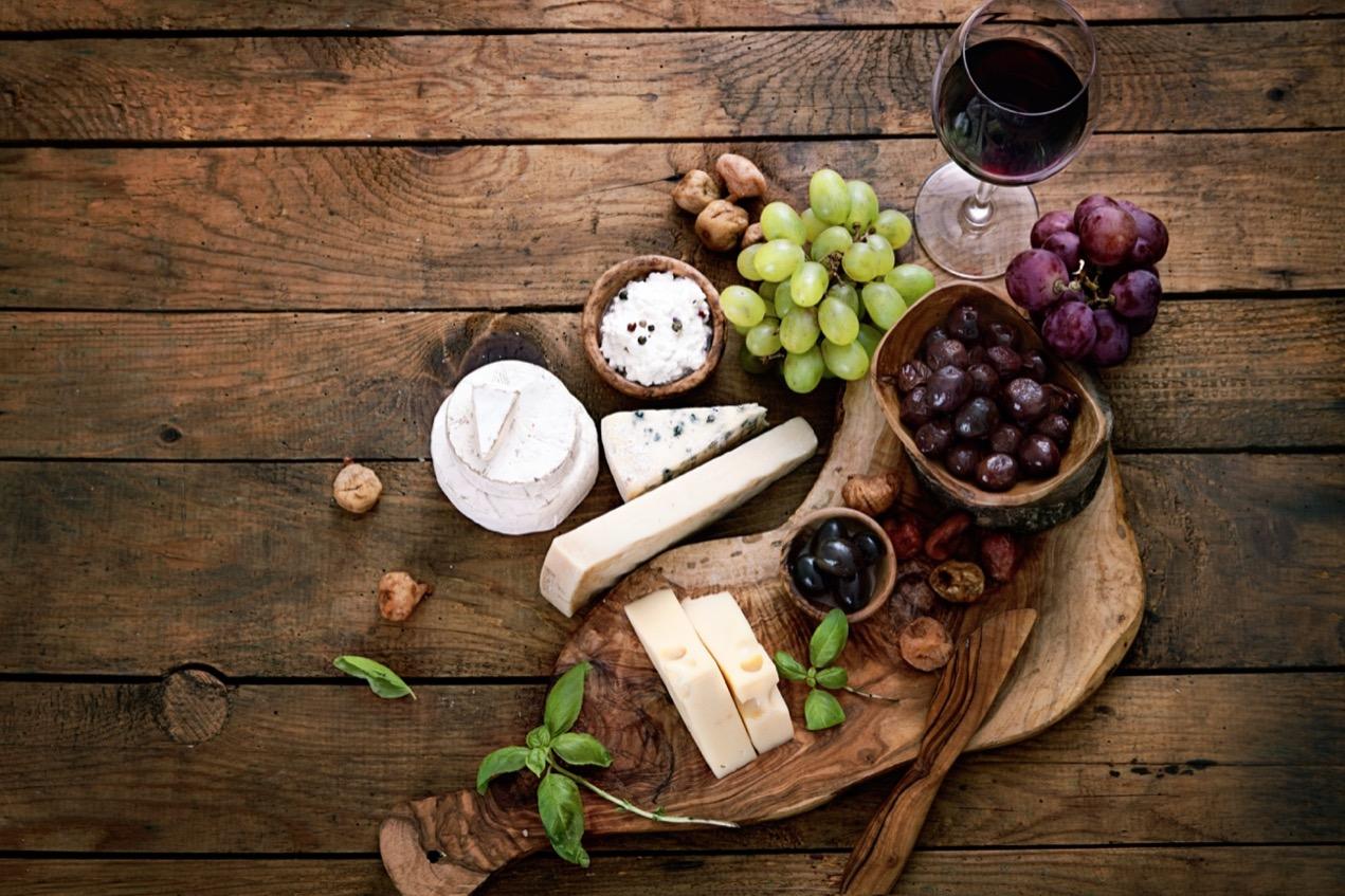 手土産にワインを贈る時のポイントは?