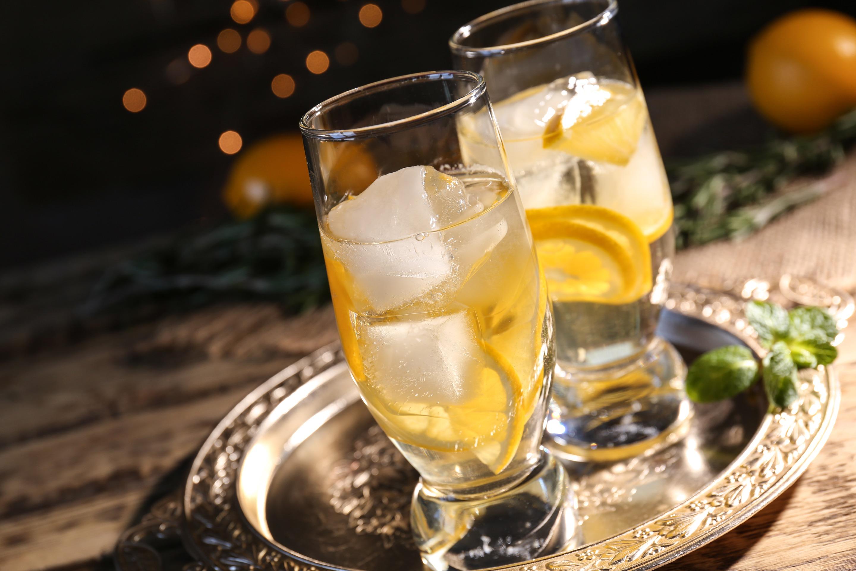 ワインカクテル「スプリッツァー」の作り方とアレンジ方法をご紹介