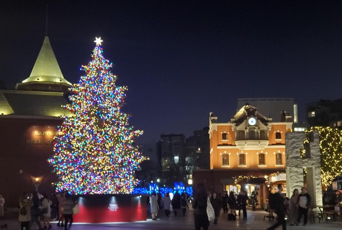 恵比寿ガーデンプレイスのウインターイルミネーション2019のクリスマスツリー