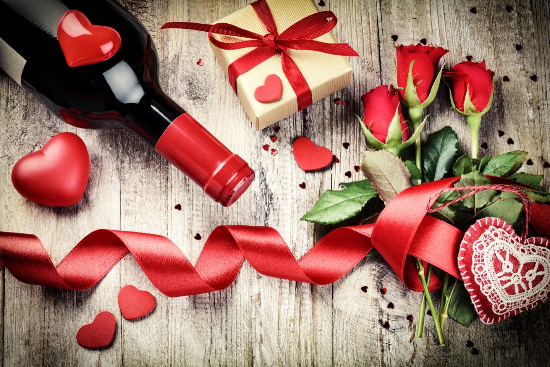 ワインを結婚祝いに贈ろう!さらに素敵なプレゼントにする方法は?