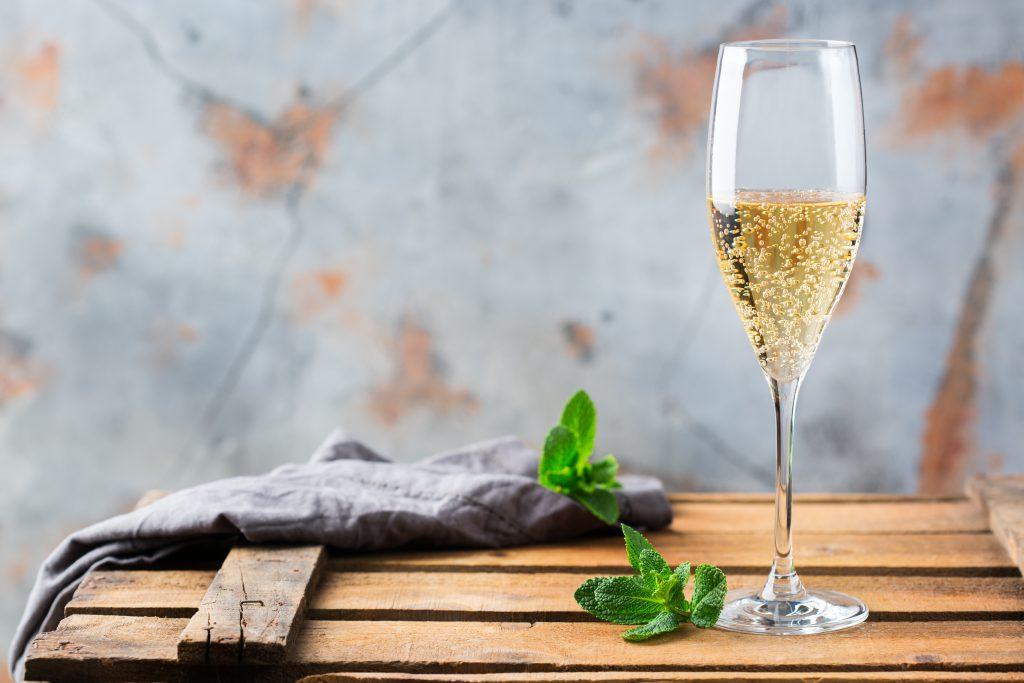 甘口のスパークリングワインの特長とおすすめワイン