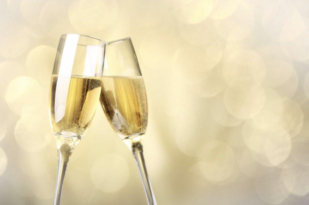 11月22日「いい夫婦の日」は、スパークリングワインで乾杯!
