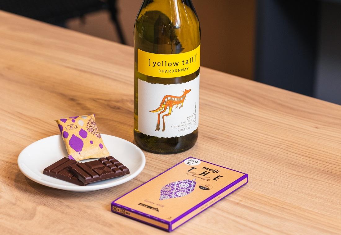 [イエローテイル]シャルドネ×明治 ザ・チョコレート サニーミルク