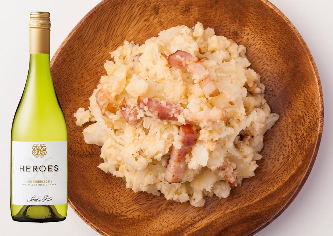 スモーク(ベーコン)系ポテサラと合う日本ポテトサラダ協会公認ワイン「サンタ・リタ ヒーローズ シャルドネ」のワインボトル
