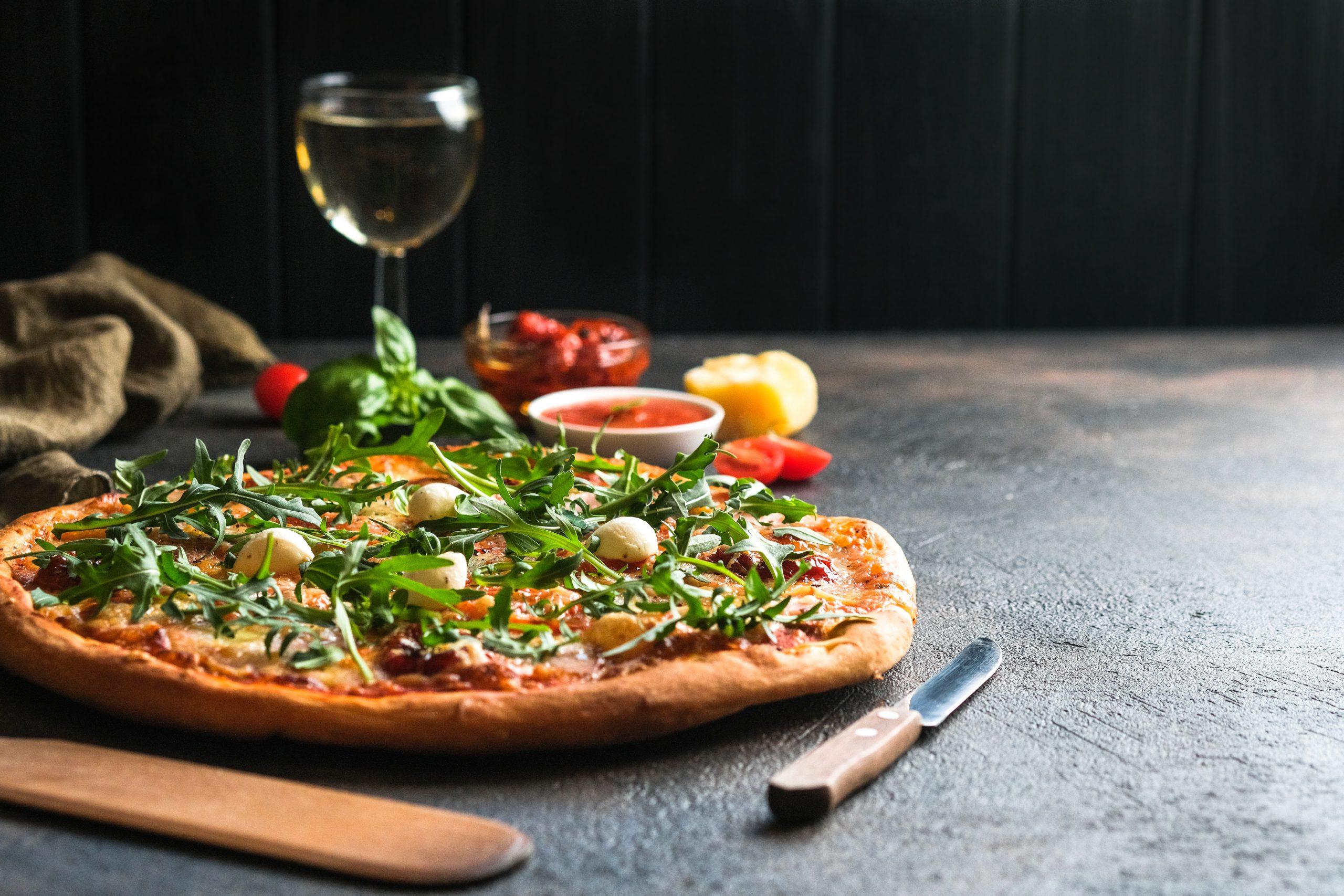 ピザにワインを合わせたい!おすすめを種類別にご紹介