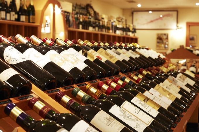「フランスワイン専門店 ラ・ヴィネ」恵比寿本店の店内