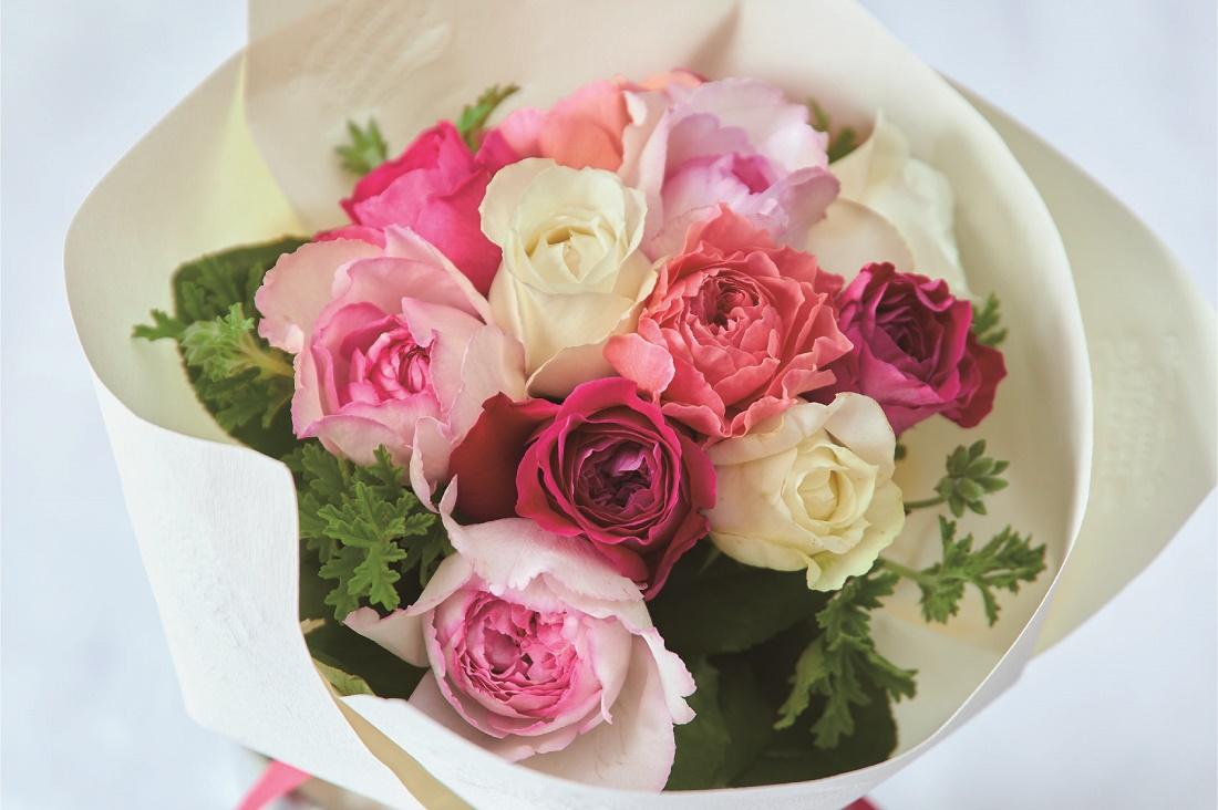 青山フラワーマーケット ダズンローズ花束のイメージ