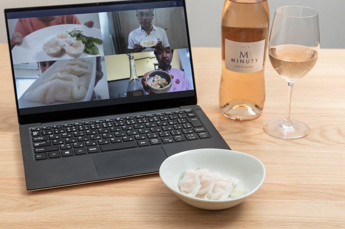 #やってみロゼ!中華料理編オンライン飲み会でエビ餃子&エビ焼売を見せ合うメンバー