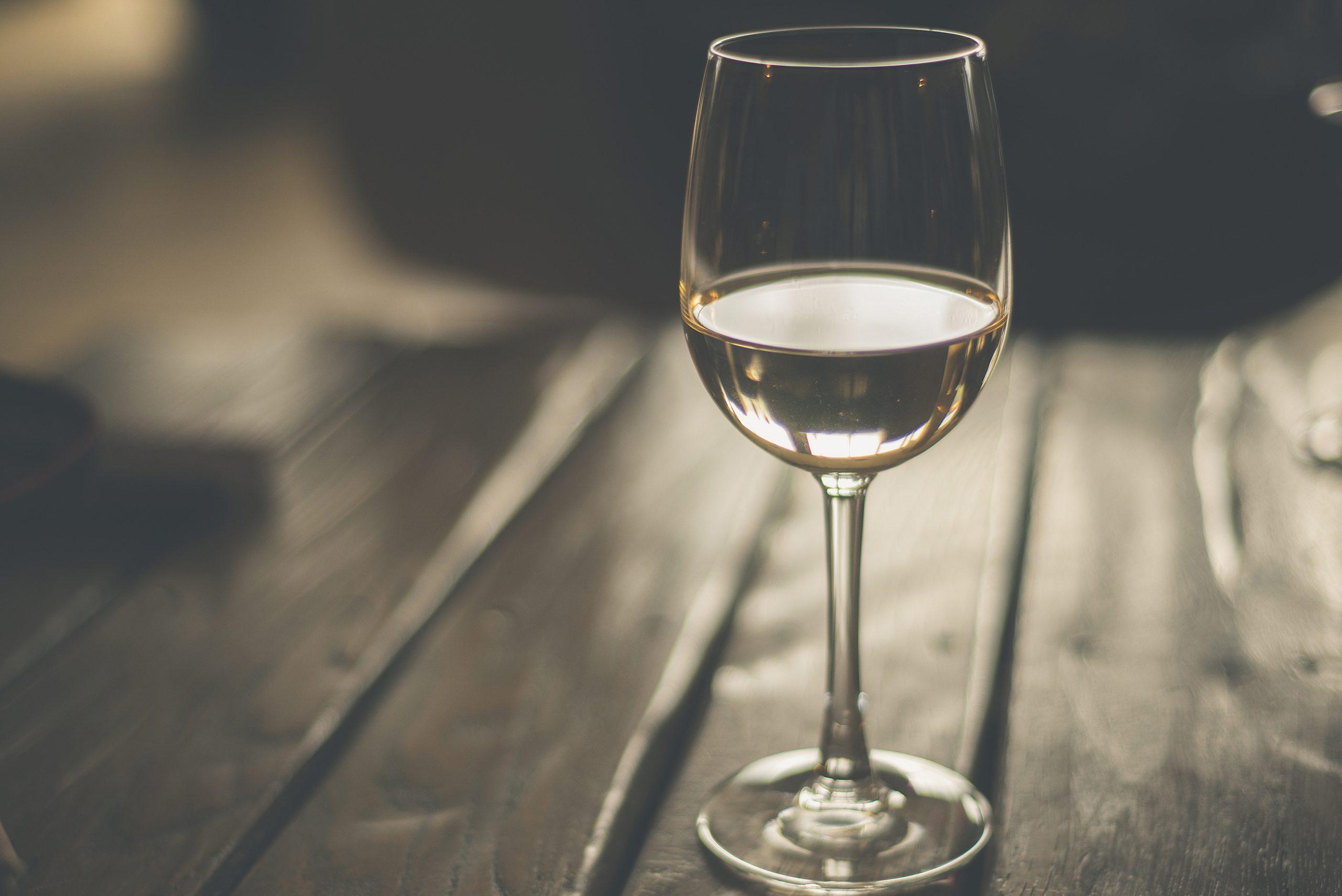 自宅で実践できる!美味しいワインの飲み方