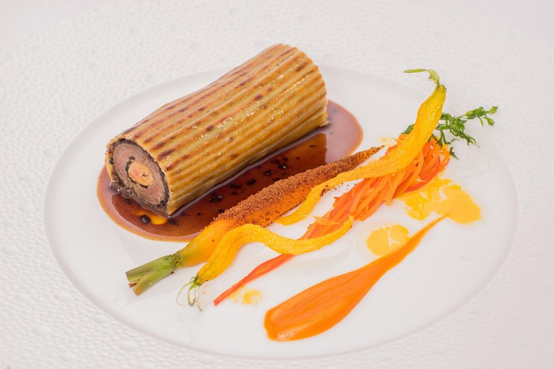 第54回ル・テタンジェ賞国際シグネチャーキュイジーヌコンクール日本大会2位獲得の神戸宏文シェフ(東京會舘本館)の料理