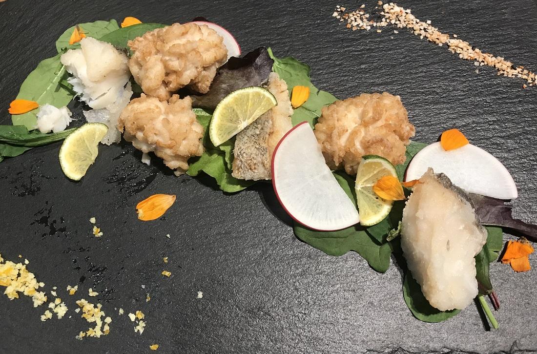 大越さん考案「SORACHI1984」に合う料理『真タラと白子のフリット 柑橘の香り』