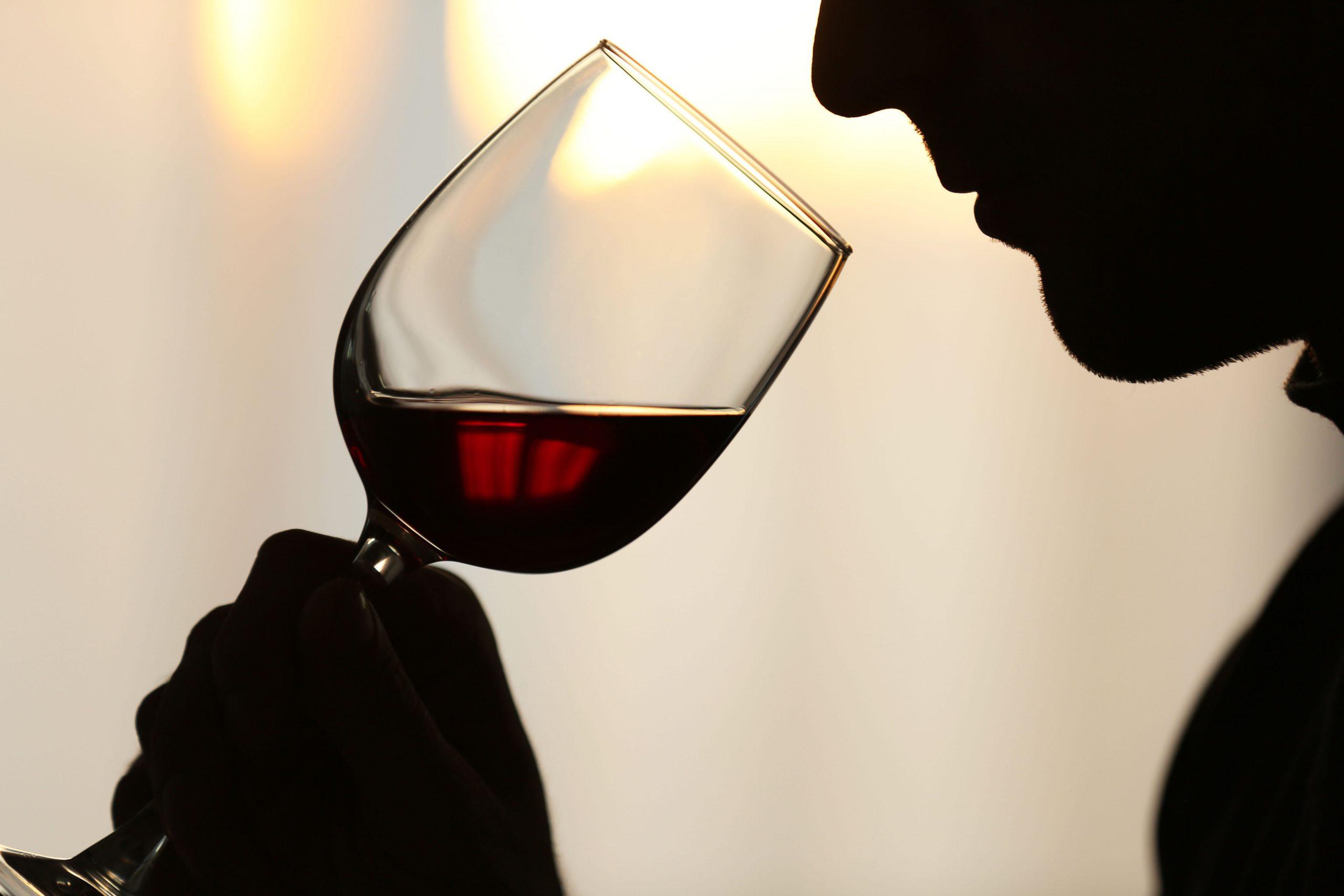 ワインのブショネとは?原因と見分け方を知るには
