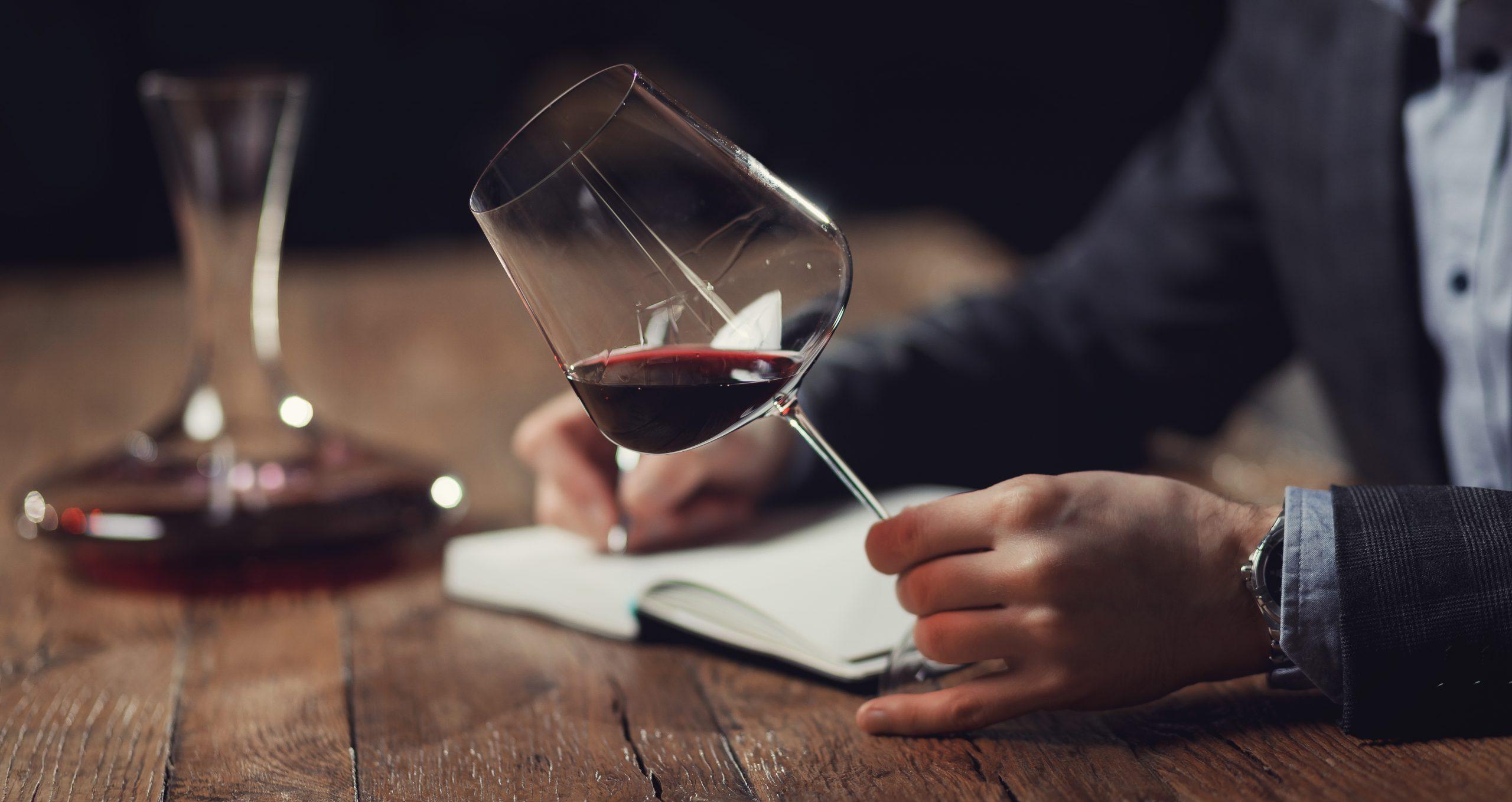 ワインの評価を左右する?!「パーカーポイント」とは