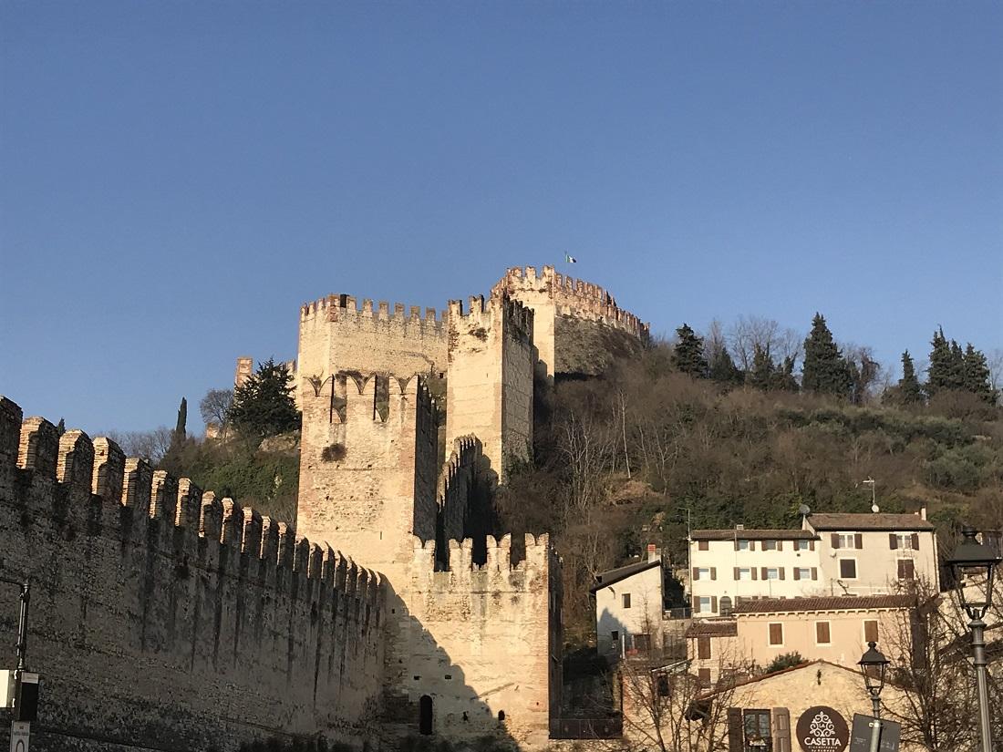 【ヴェネト州編】イタリア愛が止まらない!林茂さんと楽しく学ぶイタリア食文化特集!ソアーヴェ城画像